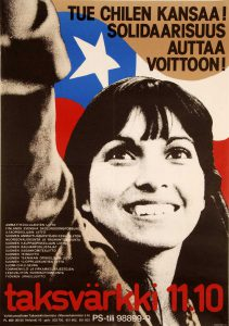 Juliste mainosti vuoden 1974 taksvärkkikeräystä, jonka kohteena oli Chilen oppositio. Taksvärkki oli tuottoisin suomalainen Chile-solidaarisuuskampanja. Kansan Arkisto.
